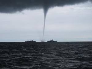 tornado-2090803_640